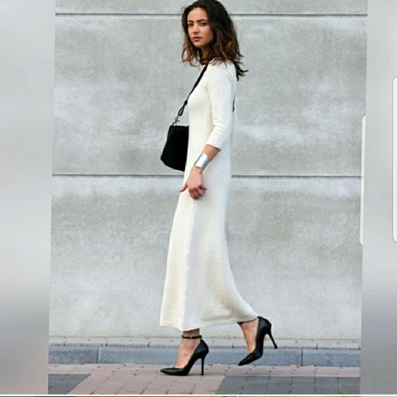 af1b6df84ca Zara Black Maxi Sweater Dress in Black